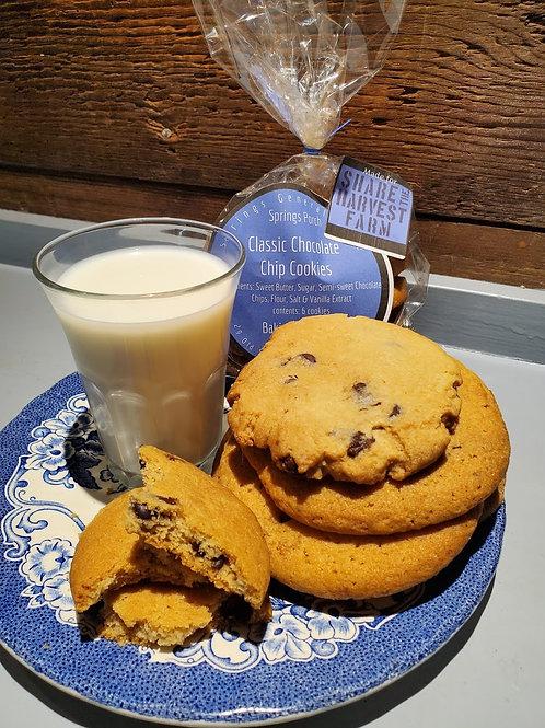 Chocolate Chip Cookies (Bag of 6), Springs General Store