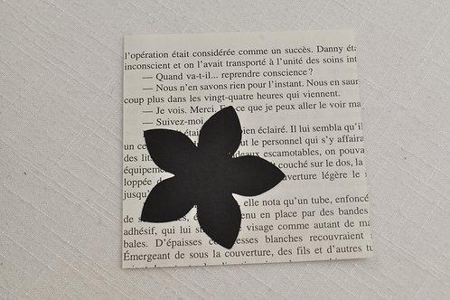 Boîte créative ANNA DIY fleurs en papier motif page de livres