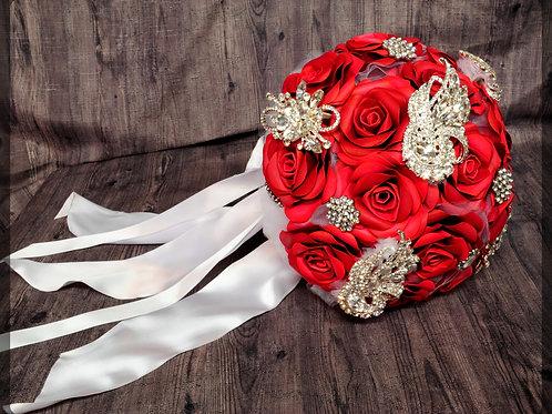Bouquet de roses et bijoux diamant