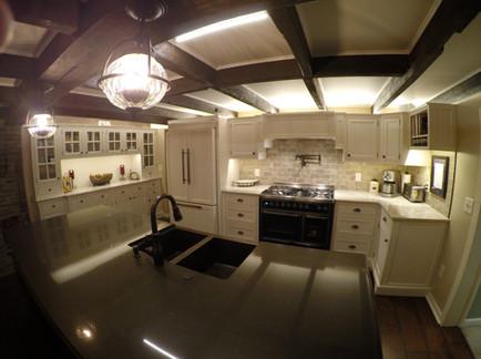 GEN Full Kitchen.JPG