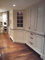Del Kitchen Hallway.jpg