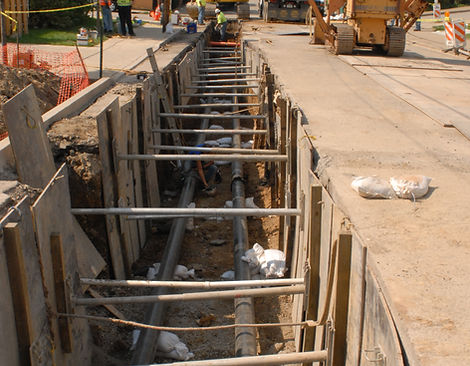 DQE Trench on Broad St 2.JPG