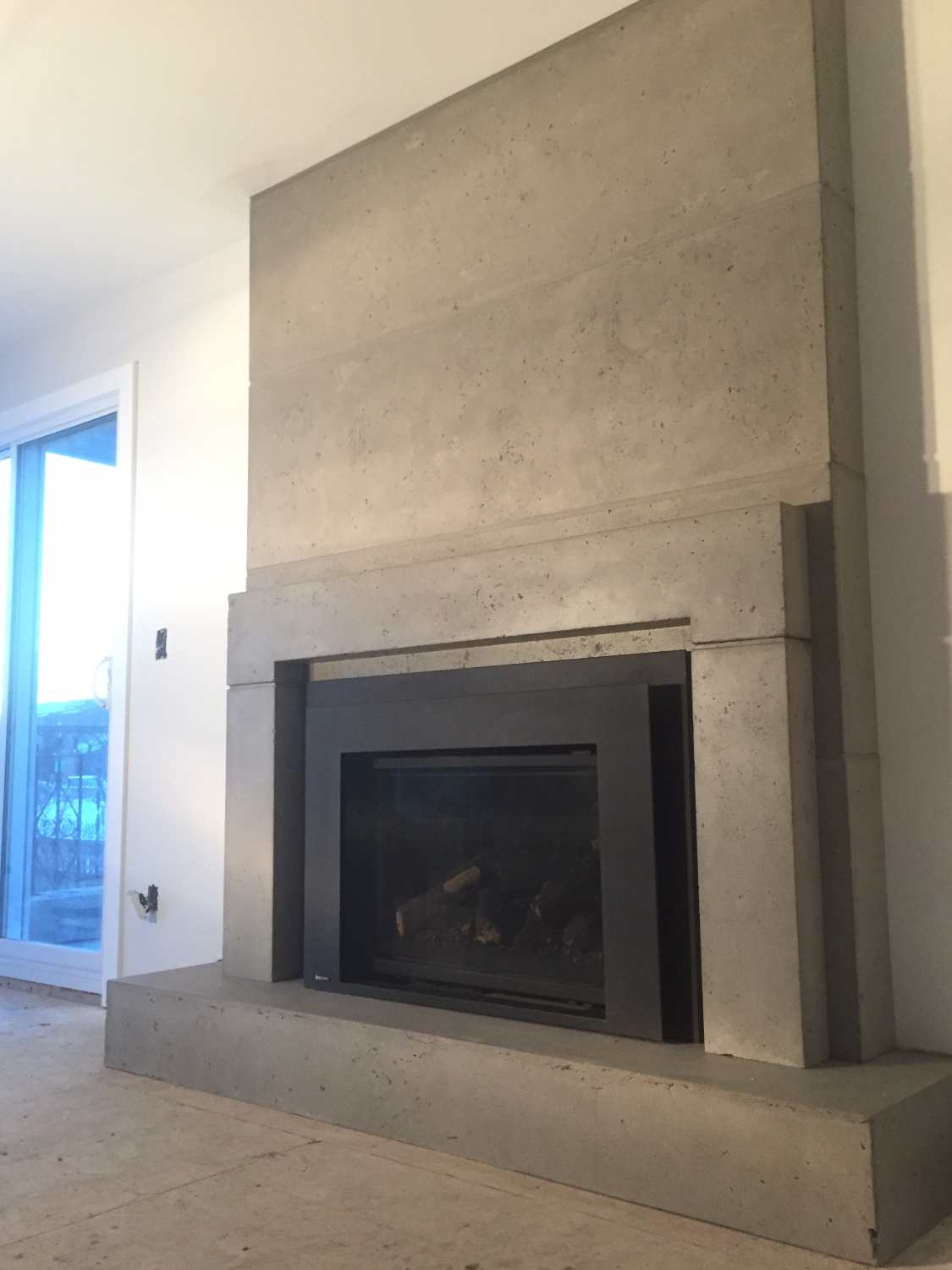 Floor to Ceiling Fireplace