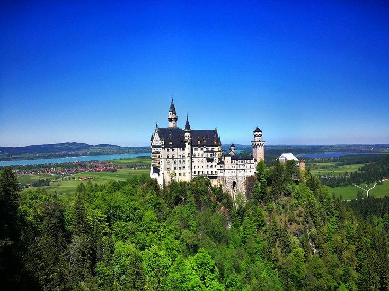Neuschwanstein Castle 2.jpg