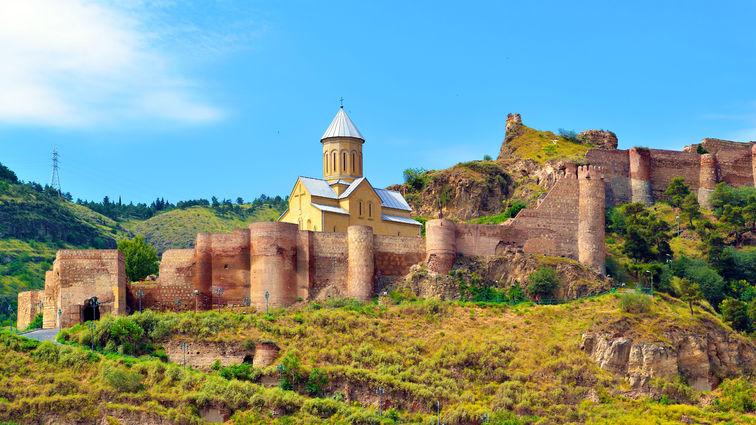 Narikala Castle in Tbilisi.jpg