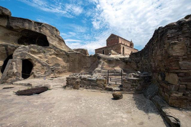 Uplistsikhe Cave Town3.jpg
