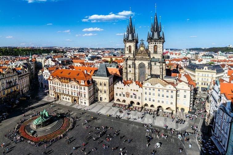 Prague old town.jpg