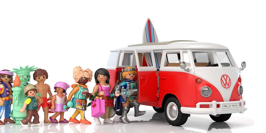La autocaravana de culto es ideal para un viaje de aventura. Totalmente equipada con zona para sentarse, mini cocina, zona para tomar el sol y mucho espacio de almacenamiento. Un icono en la carretera: el Volkswagen T1 Camping Bus.