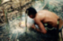 Making a Fire in the Amazon Dschungelüberlensreise Jungle Survival Tour Manaus Brazil Jaguar Amazon Tours