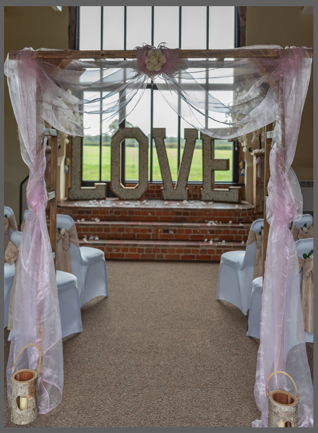 LOWESTOFT WEDDING HIRE, WOOD FARM BARNS, BENACRE, BECCLES, SUFFOLK WEDDING, NORFOLK WEDDING VENUE, CHAIR COVERS LOVE LETTERS PERFECT VIEW, BARN WEDDING, CANDLES, LOG CENTRE PIECES, RUSTIC WEDDING DAY, BLUSH PINK WEDDING HESSIAN WEDDING DECOR, VENUE STYLING, VENUE DRESSING