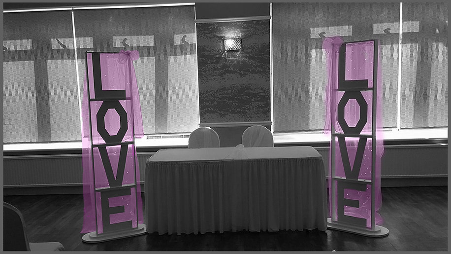 lowestoft wedding hire, love letters, 6ft love letters, light up love. coloured love letters, bespoke items, one of a kind, norfolk bride, suffolk bride, norfolk wedding hire, waveney wedding,