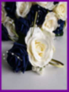 LOWESTOFT WEDDING HIRE BORQUET ROSES IVORY ROSE CHAMPAGNE ROSE WHITE ROSE NAVY ROSE BLUE ROSE PEARLS PEARL STRING GYU BEAR GRASS NORFOLK WEDDINGS SUFFOLK WEDDINGS WEDDING GOLAS, QUEEN FLOWERS