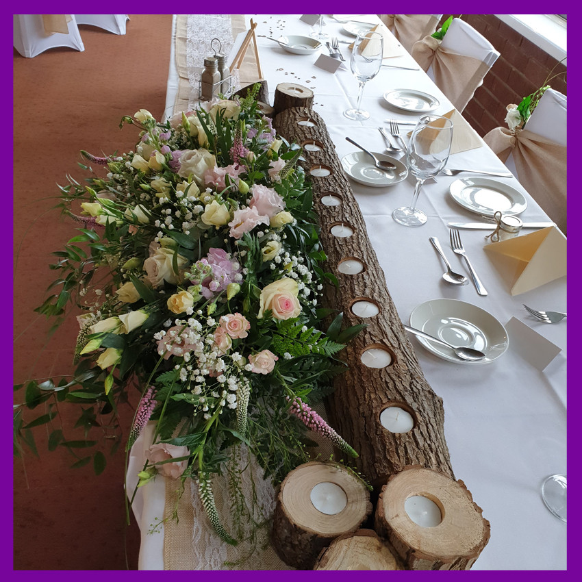 LOGS CANDLE HOLDERS FRESH FLOWERS ARTIFICIAL FLOWERS RUSTIC LOOK HESSIAN LACE