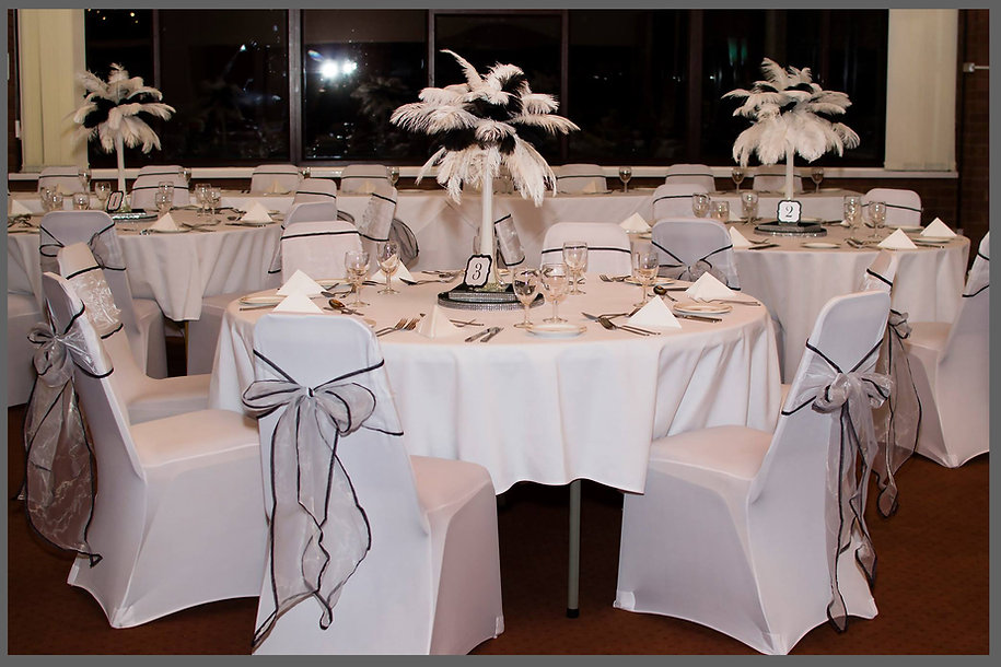 lowestoft wedding hire, rookery park golf club, ostrich feathers, mirror plates