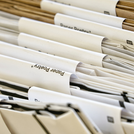 Papierflieger Wien, Geschenkpapier  Photo by Michael Büchling