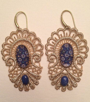 Macrame' earrings with ceramic detail