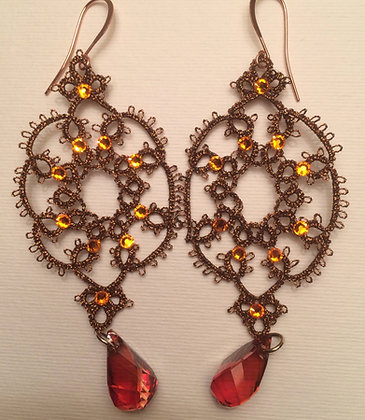 Chiacchierino-style earrings with Swarovski