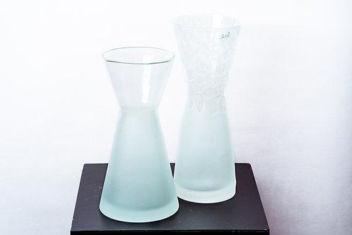 Weiße Glas-Vasen Glashütte Eisch