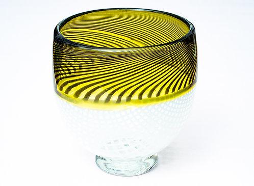 Vase mit Fuß von Hubert Hödl