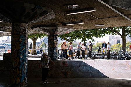 HANGING OUT-16.jpg