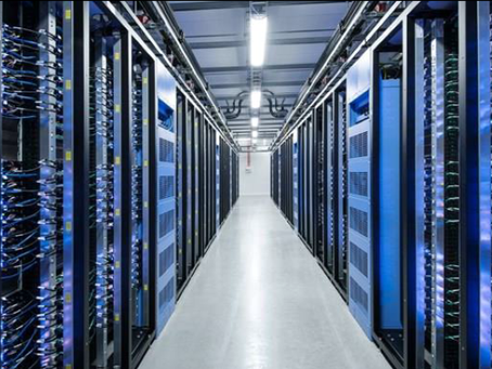 Natural refrigerants in data centre cooling