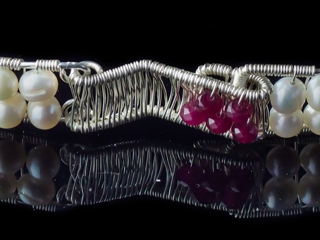 MANIA JEWELS - ADDING AN EXTRA DIMENSION TO HANDCRAFTED JEWELLERY