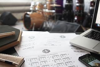 Обучение игре на барабанах | Барабанная школа DrumRoom | Программа обучения
