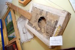 Гитара из папье-маше