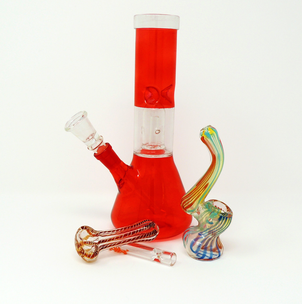 Clean Glass Pipes - How to keep your pipes clean