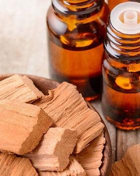 sandalwood_essential_oil.jpg