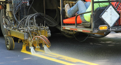 Marking truck applying lines