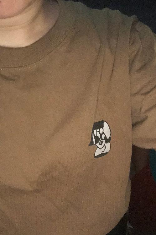 ダークキャラメルお洒落ワンポイントTシャツ