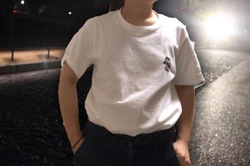 ホワイトワンポイントお洒落Tシャツ