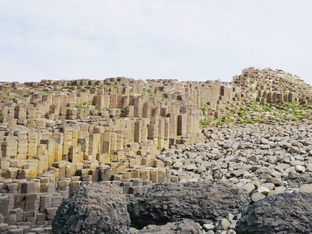 The Giant's causeway - a complete travel guide including how to get there