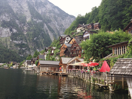 Hallstatt - a detailed travel guide including guide to taking that postcard-perfect photo