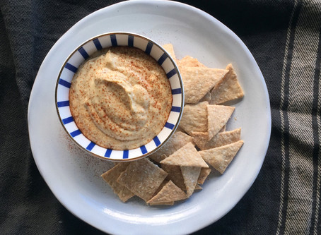 Hummus and Lavosh Crackers
