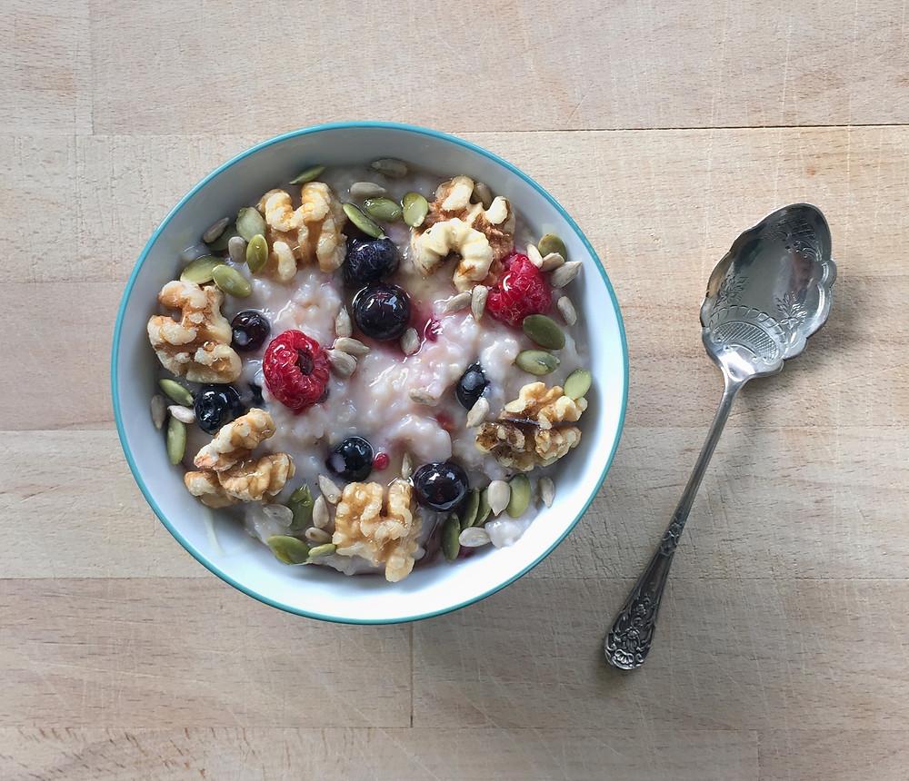 berry porridge in bowl