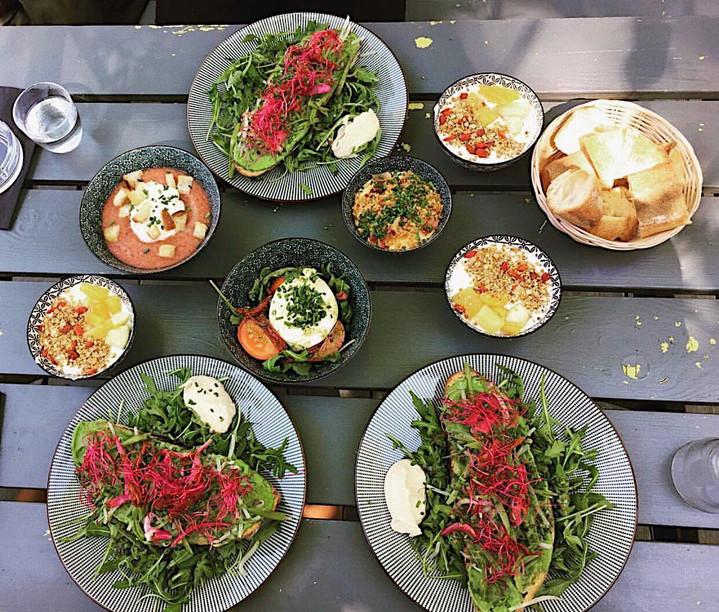 Un déjeuner en terrasse au soleil ?☀️