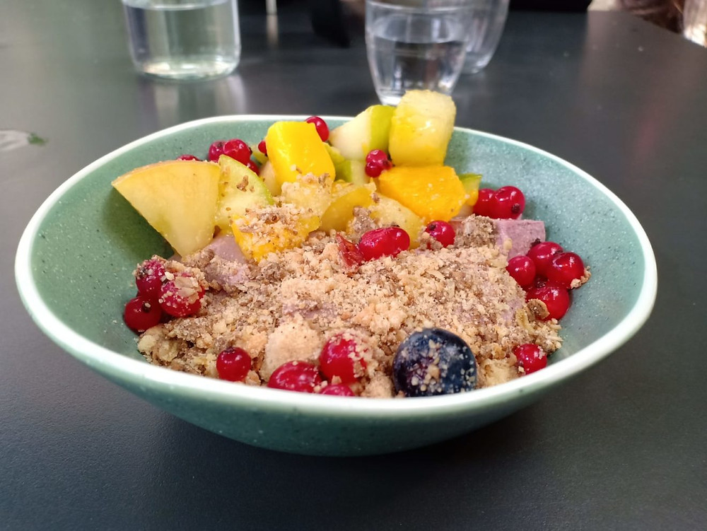 Acaï-bowl-Paris I Brunch Café A I Granola Paris I Açai Bowl I Juice Bar I Brunch Healthy
