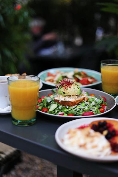 Le brunch du Café A I Paris