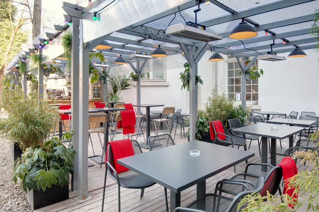 Café A Paris Gare de l'est Terrasse
