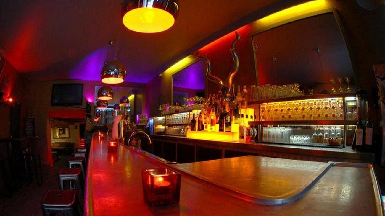Bar célibataire à paris
