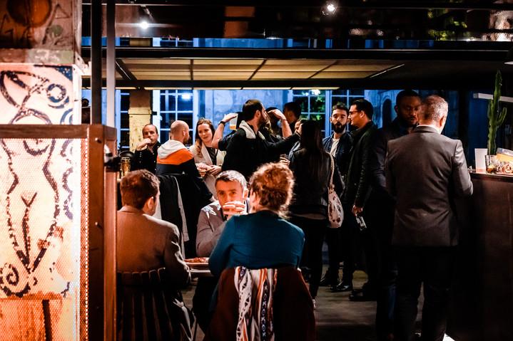 Le Café A est fermé ce soir pour privatisation