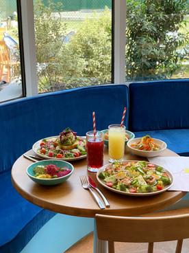 Brunch Break Paris 17eme Avocado Toast Paris I Oubruncher  I Salade I Café I 119 Boulevard Pereiere 75017 I Ou bruncher dans le 17eme