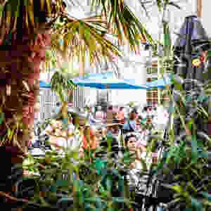 Cafe A I Terrasse I Grande Terrasse I Patio I La Plus grande Terrasse Paris 2019 I Gare de l'est I Paris 10 I Apéro en terrasse I Afterwork à Paris I Cocktail I Terrasses Cachées I Les meilleurs terrasses de Paris