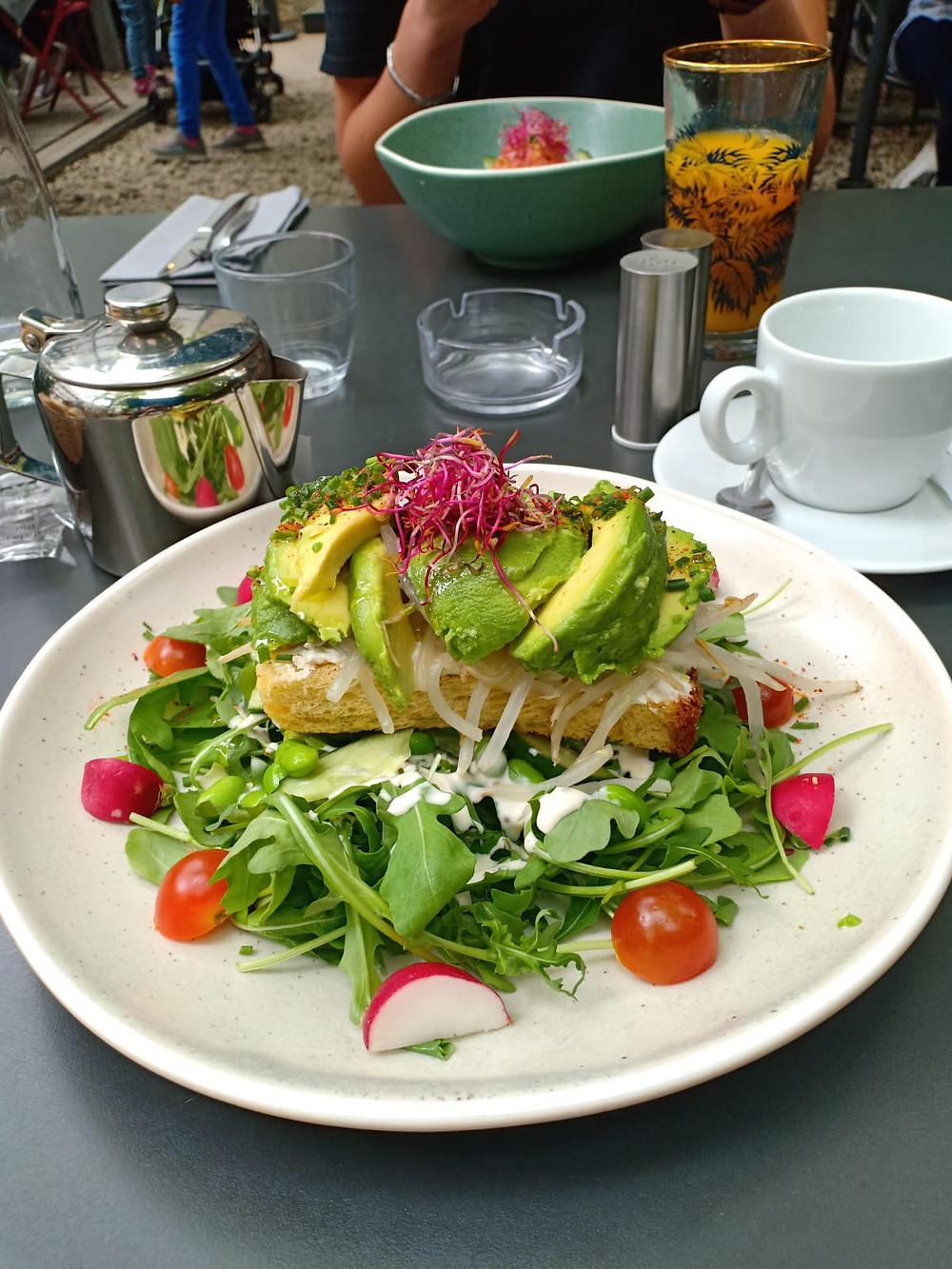 Avocado-Toast-Brunch-Café-A-Gare-de-l-est-paris-10-emeIBrunchParis-Gare-De-l'estCanalStmartin