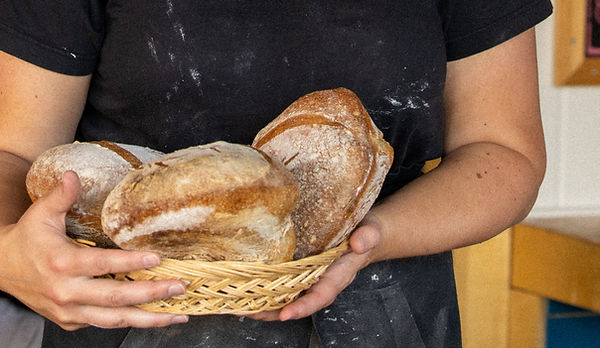 bageri-bastuträsk-värdshus-nybakad-bröd-bakverk-konditori