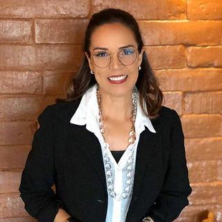 Juliana Vieira, palestrante sobre hospitalidade.