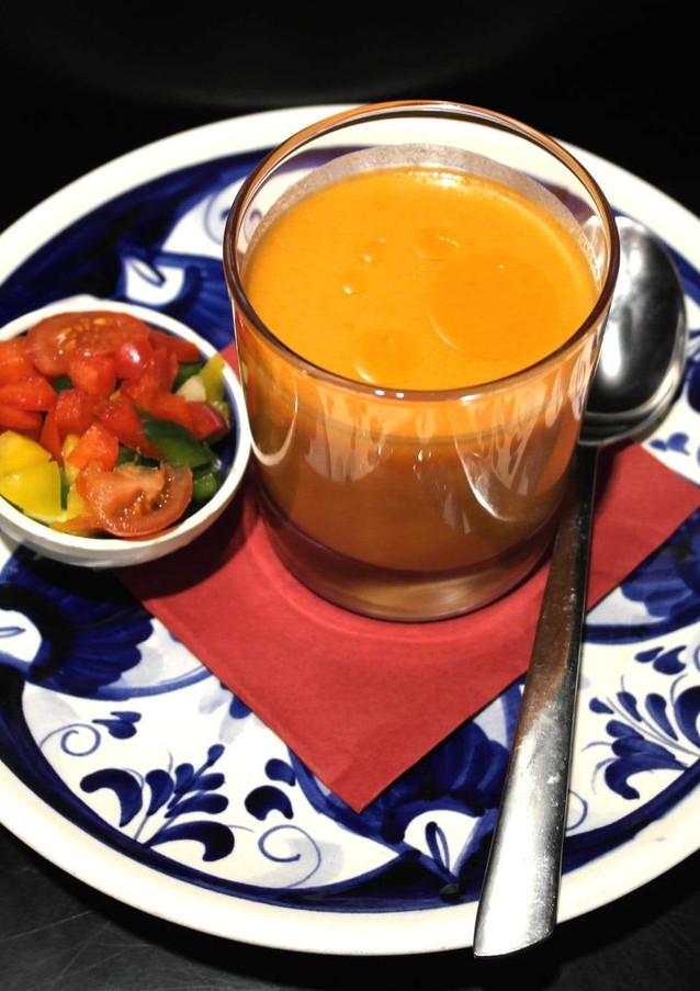 Tapa Veggie - Gazpacho Andaluz-1.jpg