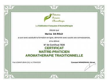 aromatherapie_tradictionnelle_maitre_pra